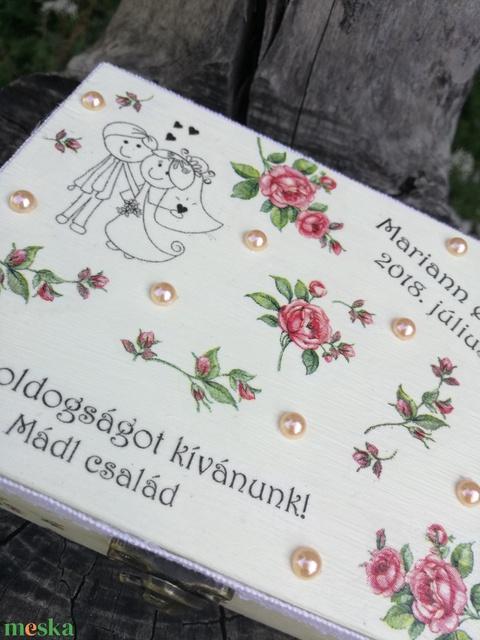 Feliratos díszdoboz, esküvői párral. :-) - RENDELHETŐ - Meska.hu