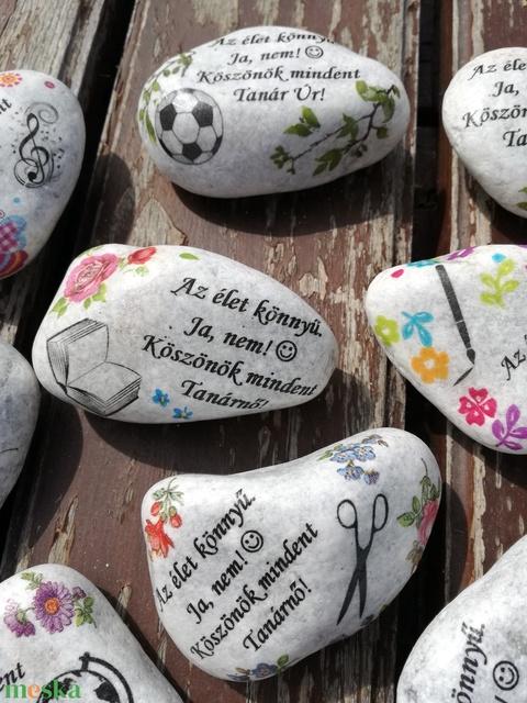 Feliratos kő, személyes motívumokkal, transzferálva. :-) - Meska.hu