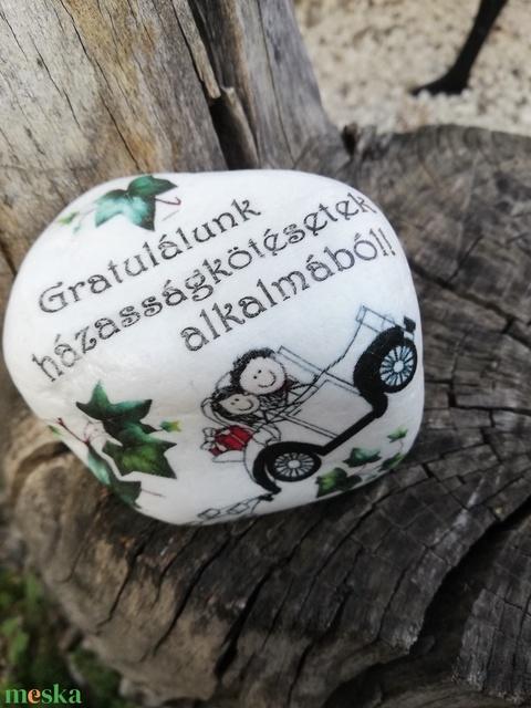 Autós esküvői nagyméretű kő. :-)  - Meska.hu