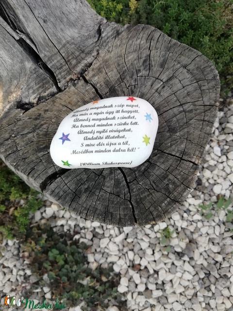 Őszi, motivációs nagyméretű kő, Shakespeare idézettel. :-) - Meska.hu