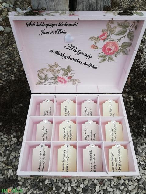 12 rekeszes ajándékátadó doboz esküvőre, fotótranszferrel. :-)  - Meska.hu