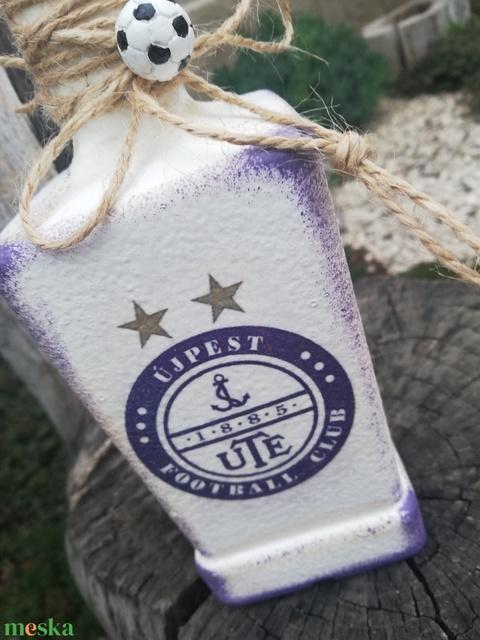UTE-Névreszóló focis italos üveg. :-) - Meska.hu