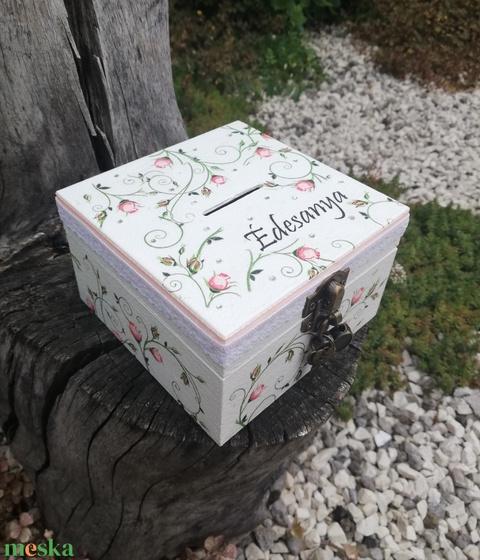 Névre szóló romantikus persely, lakattal.  :-) - Meska.hu