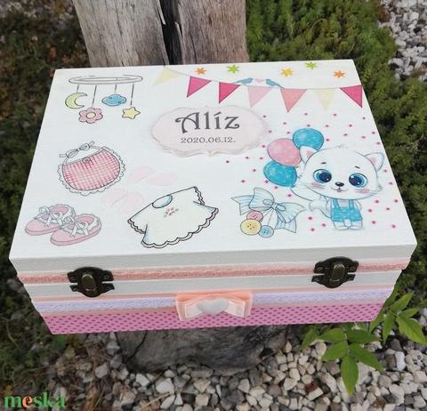 Minőségi, egyterű babaváró doboz, transzfer-technikával. :-) - Meska.hu