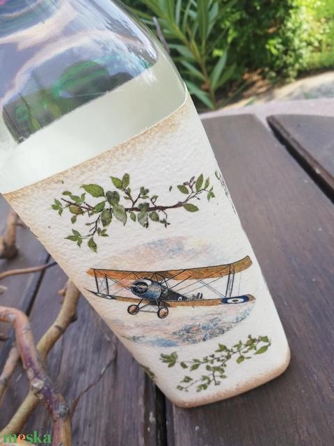 A pilóta italos üvege, egyedi mintával. :-) - Meska.hu