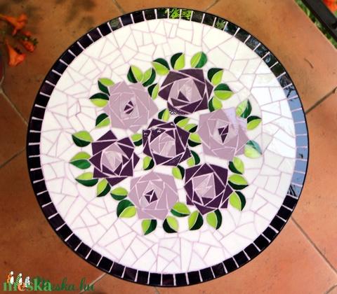 Rózsacsokros mozaik asztallap (REMuhely) - Meska.hu