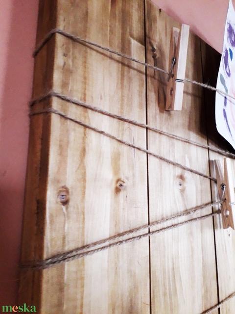 Otthoni rusztikus fa faliújság, falitábla, üzenőtábla,kizárólag természetes alapanyagokból, egyedileg méretre készítve - Meska.hu