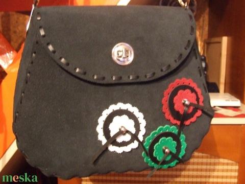 Egy újabb különlegesség-táska igényes hölgyeknek - Meska.hu