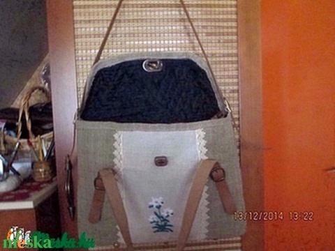 Óriási pakolós táska,laptop táska havasi gyopáros hímzéssel - Meska.hu