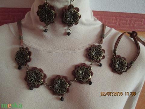 AKCIÓ!!!!Exklúzív romantikus ékszerszett barna színben - Meska.hu