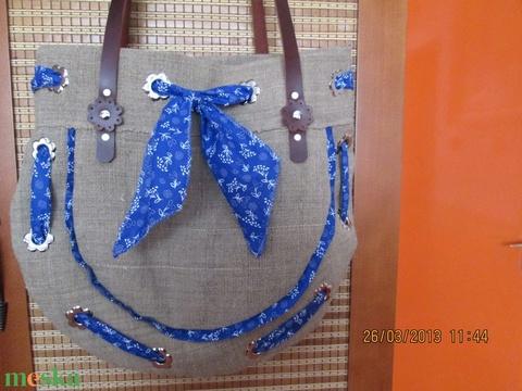 AKCIÓ!!!Virággal díszített táskafül színesben - Meska.hu