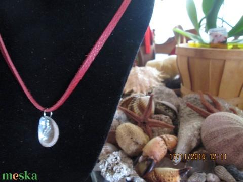 AKCIÓ!!! Az Adriai tenger kincse medál valódi bőrszálon - Meska.hu