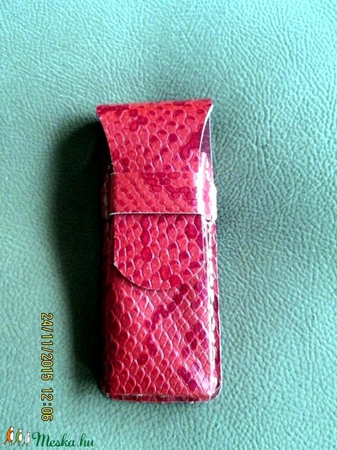 Piros kígyóbőrutánzatú bőrből készült tolltartó - Meska.hu