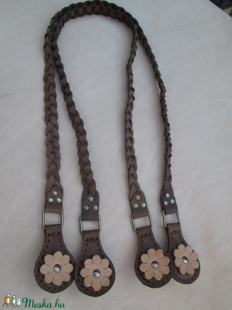 Bőrvirággal díszített fonott O bag táskafül barna színben - Meska.hu