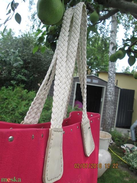AKCIÓ!!!!! O bag táskafül különleges tappanccsal és dupla hevederes füllel - Meska.hu