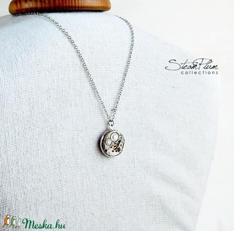 Miss Marion Davis - nyaklánc ezüst színű foglalatban (SteamPlum) - Meska.hu