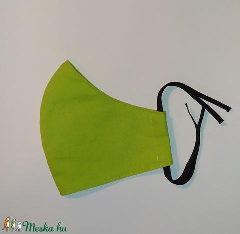 Zöld maszk - 2-es méret (sudarnekriszti) - Meska.hu