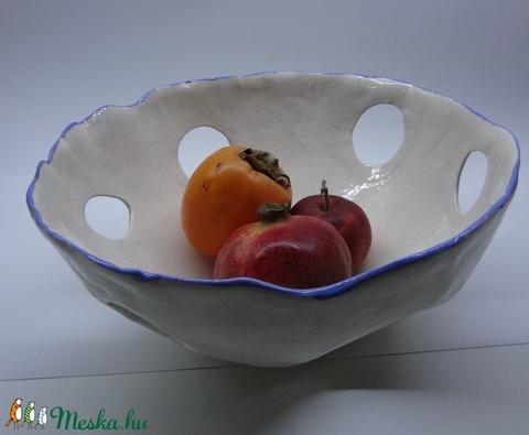 Óriás gyümölcsös tál, vagy kaspó túlöntözés ellen - Meska.hu