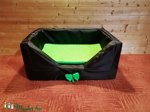 Egyedi, minőségi, lehúzható és mosható kutyafekhely, kutyaágy (SzilviaX) - Meska.hu