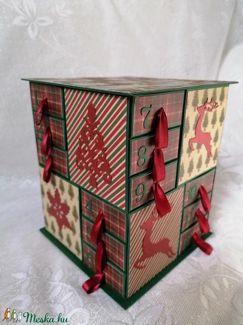 Klasszikus karácsonyi színekkel (Szincsi) - Meska.hu