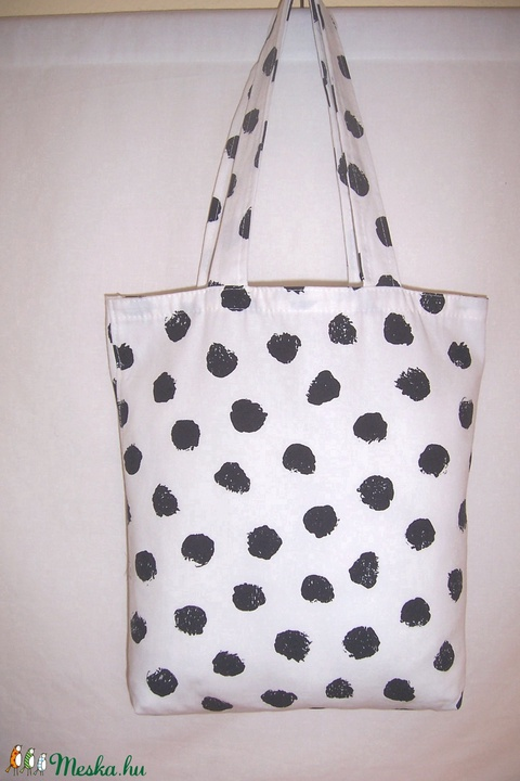 Fehér fekete mintás táska  (textilcseppek) - Meska.hu