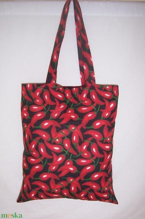 Fekete piros paprika mintás táska  (textilcseppek) - Meska.hu