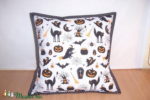 Halloween mintás párna  (textilcseppek) - Meska.hu