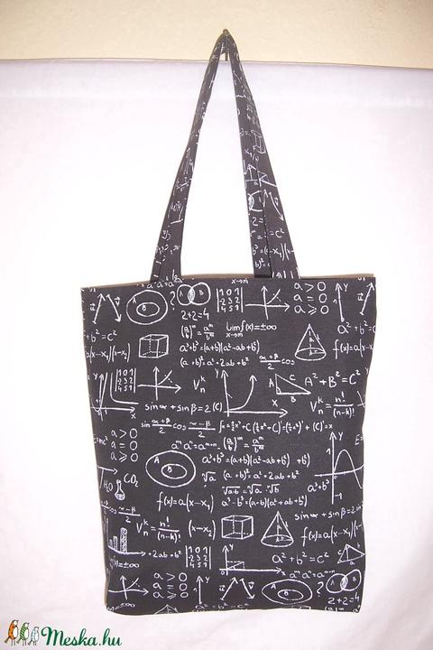 Fekete matek feladat mintás táska  (textilcseppek) - Meska.hu
