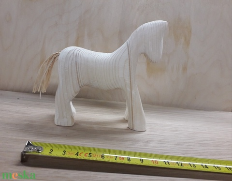 Ló (Tothfaforgacs) - Meska.hu