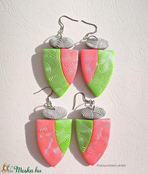 Tropical neon  -  2 pár fülbevaló barátnőknek,  lánytestvéreknek, anya-lánya párosnak... (uveggyongyjatek) - Meska.hu