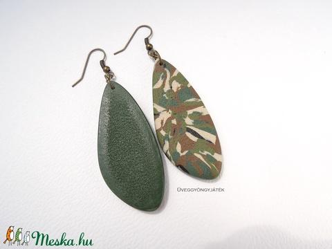 Terepmintás hosszú fülbevaló (uveggyongyjatek) - Meska.hu