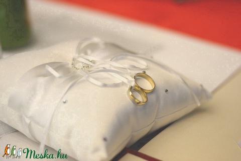 Gyűrűpárna strassz díszítéssel (vintageajandek) - Meska.hu