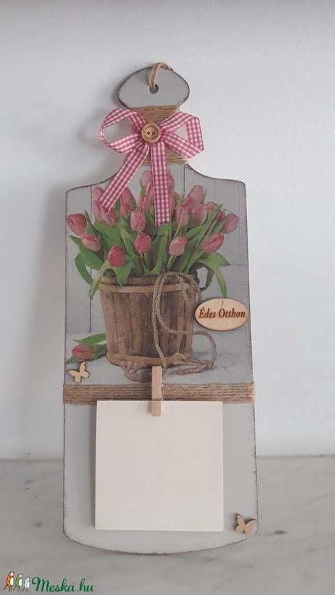 Tulipán mintás üzenő tábla