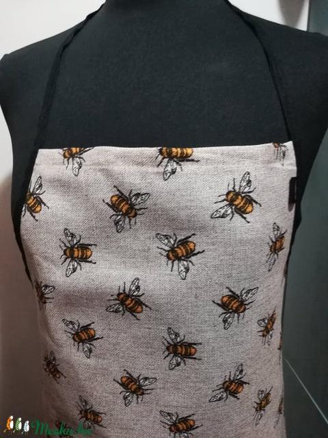 Méhecskék......... kötény (VODIKA) - Meska.hu