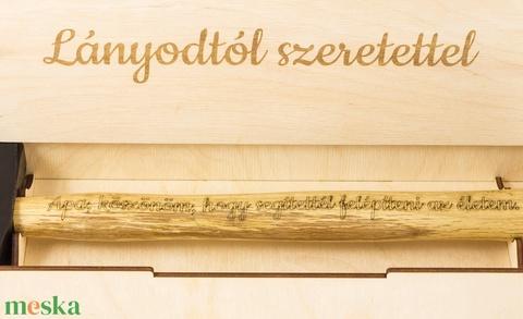 Szülőköszöntő kalapács díszdobozzal esküvőre apának, házassági ajándék, esküvői ajándék, férfinak, férfiaknak - Meska.hu