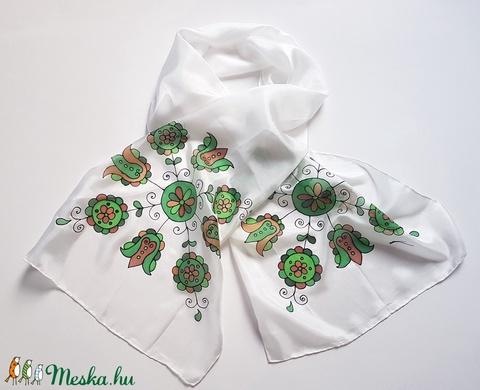 Kézzel festett SELYEMSÁL, magyar népművészet, virág minta, fehér, barna, zöld, fekete_48 - Meska.hu