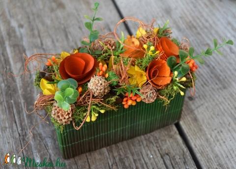 Őszi virágoskert - őszi, virágos-bogyós-terméses asztaldísz - KÉSZTERMÉK (zoldeszti) - Meska.hu