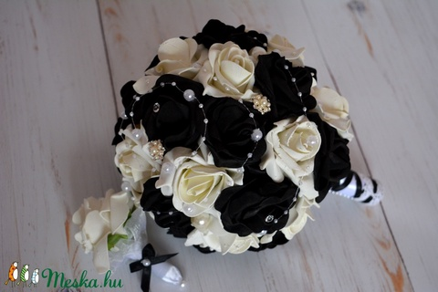 Black-White csokor (ZsanPhilip) - Meska.hu