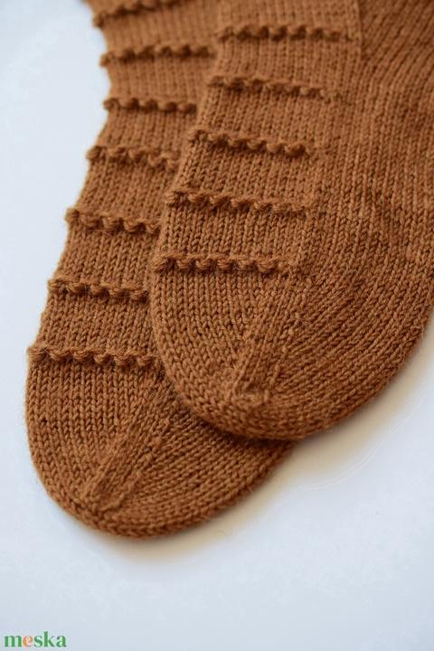 String of Bobbles női zokni - Meska.hu