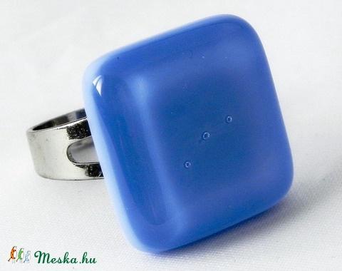 Tengerkék  színű üveg gyűrű (bodzsi) - Meska.hu