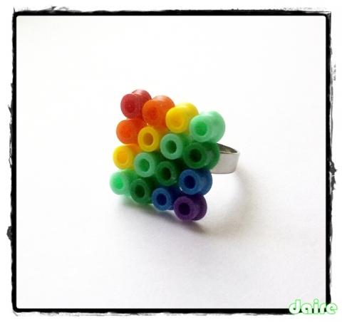 szivárványos pixel-gyűrű (daire) - Meska.hu
