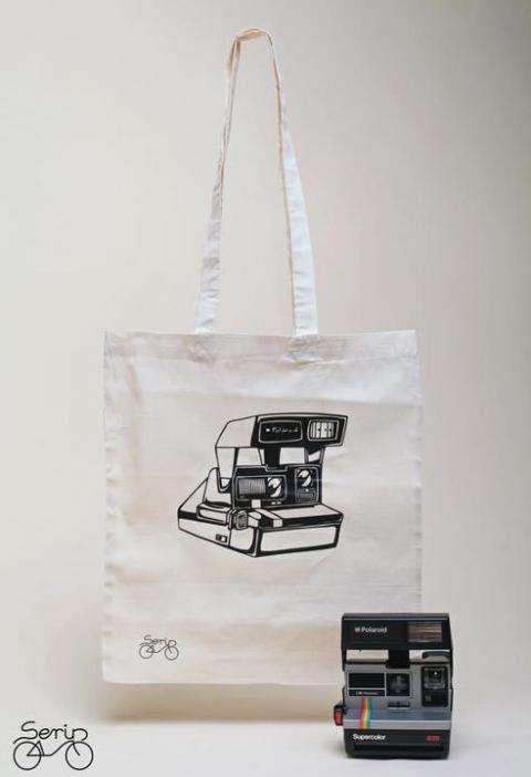 Polaroid fényképezőgép mintás szatyor (serin) - Meska.hu