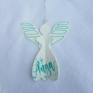Karácsonyi angyal , Otthon & Lakás, Dekoráció, Függődísz, Karácsonyi angyal  Az angyalkát fehér kartonból készítem, arany lakkfilccel díszítem. A feliratot tü..., Meska