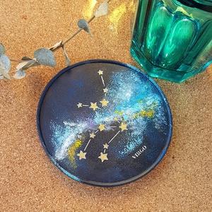 Apának - Poháralátét Csillagköd mintával , Otthon & Lakás, Konyhafelszerelés, Tányér- és poháralátét, Poháralátét betonból.  A felületét akrilfestékkel festettem, a díszítés vízálló arany lakkfilccel ké..., Meska