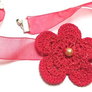 Gyöngyös Piros Virágos Nyakpánt- Ezüst Kapcsos , Ékszer, Nyaklánc, Horgolás, Ékszerkészítés, Kétféle fonalat használva egy kellemes árnyalatú, szépen csillogó, piros virágot horgoltam, amit kik..., Meska
