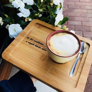 Egyedi feliratos kávés tálca, Konyhafelszerelés, Otthon & lakás, Tálca, Edényalátét, Famegmunkálás, Gravírozás, pirográfia, Indítsd a reggelt a kedvenc kávéddal és egy motiváló üzenettel, vagy lepd meg vele a kedvesed, hogy ..., Meska