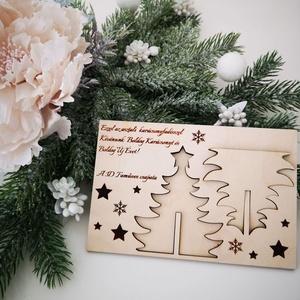 Asztali karácsonyfadísz - képeslap, Otthon & Lakás, Karácsony & Mikulás, Karácsonyi képeslap, Gravírozás, pirográfia, Famegmunkálás, gye Te is emlékszel még arra, amikor kisgyermekként karácsonykor könyékig ragasztósan és glitteresen..., Meska