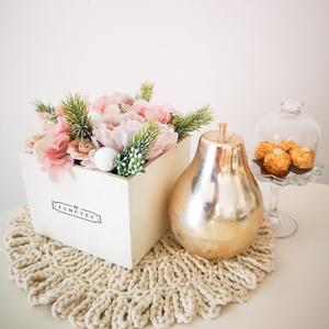 Egyedi virágdoboz, Otthon & Lakás, Dekoráció, Díszdoboz, Ha feldobnád otthonodat egy kifinomult kompozícióval, vagy szívesen adnál olyan virágot szeretteidne..., Meska