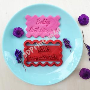 Boldog Születésnapot sütikiszúró keksz mézeskalács linzer süteménykiszúró süteményszaggató 3D nyomtatás torta tortadísz , Sütikiszúró, Konyhafelszerelés, Otthon & Lakás, Mézeskalácssütés, Fotó, grafika, rajz, illusztráció, A Boldog Születésnapot sütikiszúró kiválóan használható szülinapi torták díszítéséhez, a hagyományos..., Meska
