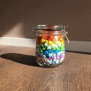 365 origami szerencsecsillag szívecskés csatos üvegben, Dekoráció, Otthon & lakás, Lakberendezés, Papírművészet, Szerencsehozó papírcsillagok mindenféle színben. Ebben a cuki csatos üvegben pont 365-en vannak. A m..., Meska